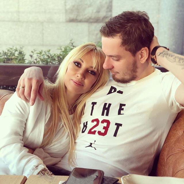 Лера Кудрявцева похвасталась заботливым мужем
