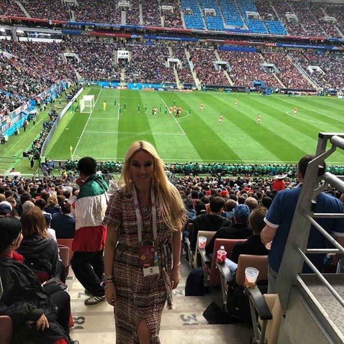 Беременная Лера Кудрявцева впервые за долгое время вышла в свет