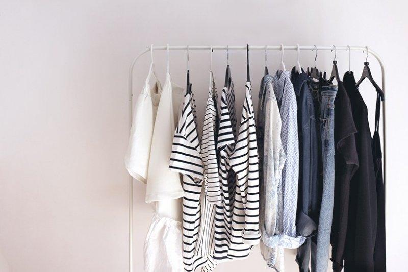 Как сделать гардероб разнообразным при минимуме вещей