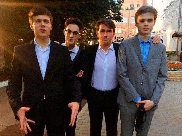 Как отпраздновали выпускной звёздные наследники - Фото №4