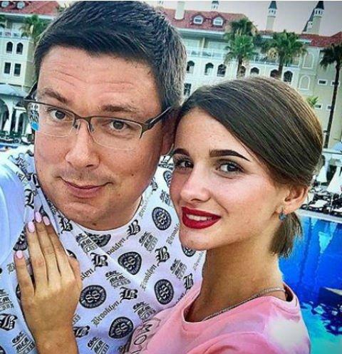 Андрей Чуев унизил подписчиц, обижавших его жену