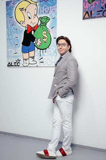 Тимати, Андрей Малахов и другие на выставке известного художника - Фото №9