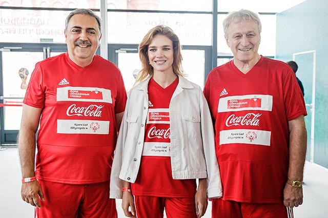 Водянова, Рудковская и другие на благотворительном футбольном матче - Фото №9