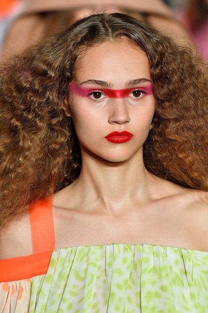 Главные бьюти-тренды на Парижской неделе моды
