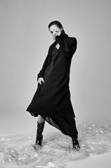 Ольга Бузова предстала в необычном образе на обложке знаменитого глянца - Фото №4