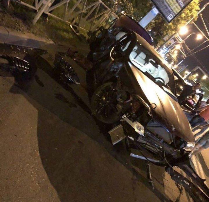 Фёдор Смолов разбил машину за 9 миллионов рублей
