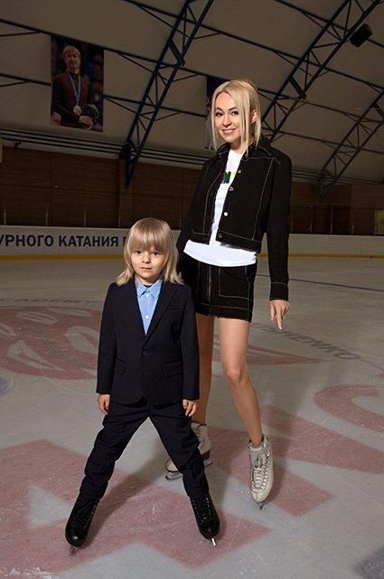 Звёзды и их дети в лукбуке школьной формы от H&M - Фото №1