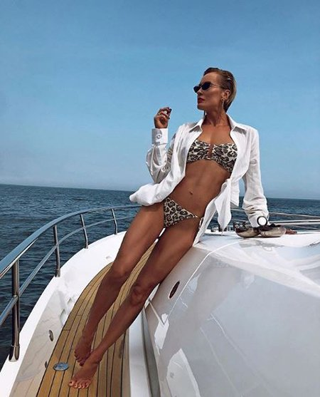 Звёзды в бикини: Глюкоза, Яна Рудковская и другие хвастаются фотографиями из отпуска - Фото №9