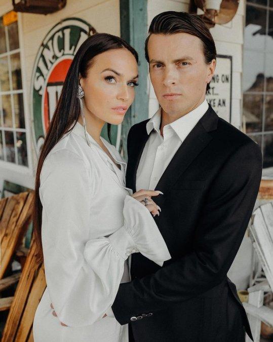 Алёна Водонаева показала снимки с американской свадьбы - Фото №1