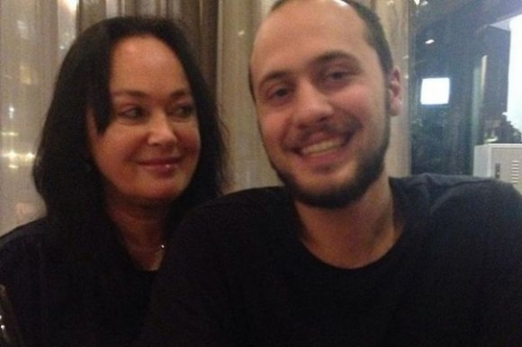 Сын Ларисы Гузеевой принимает поздравления со свадьбой