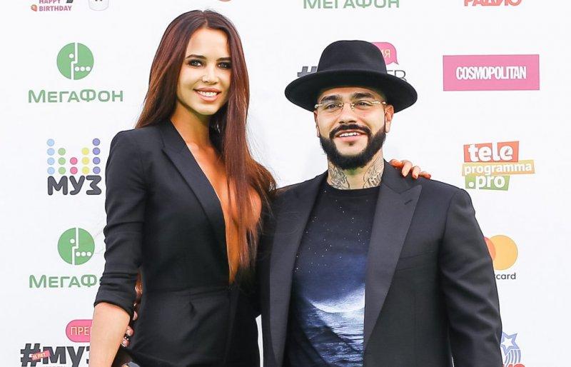 Фанаты уверены, что Тимати и Анастасия Решетова поженились
