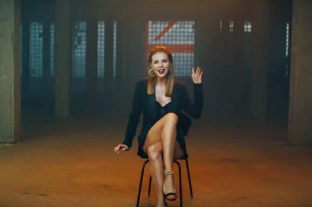 Наталья Подольская похвасталась идеальной фигурой в новом клипе