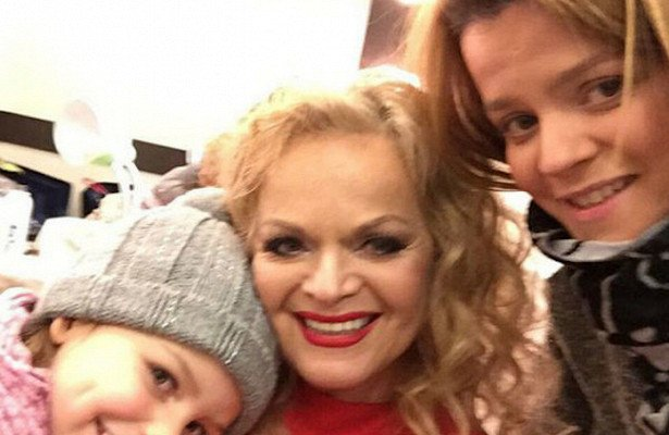 Лариса Долина мечтает о расширении семейства