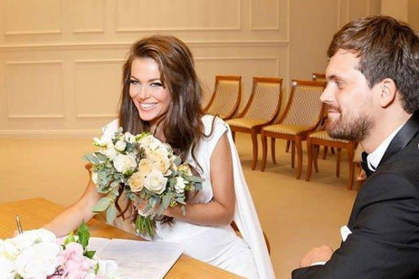 Во время свадьбы Таня Терешина сменила три платья