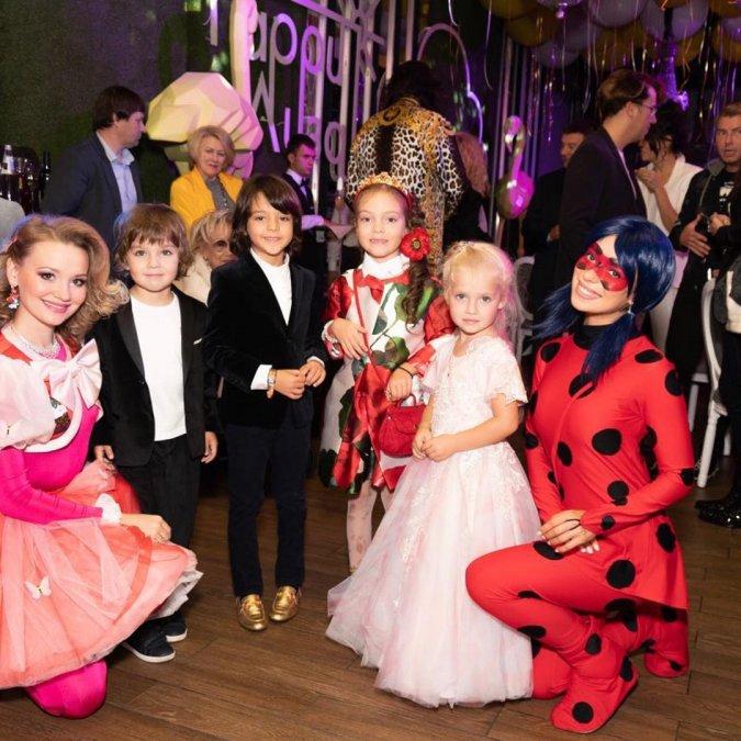 Лиза и Гарри Галкины отпраздновали пятилетний юбилей - Фото №11