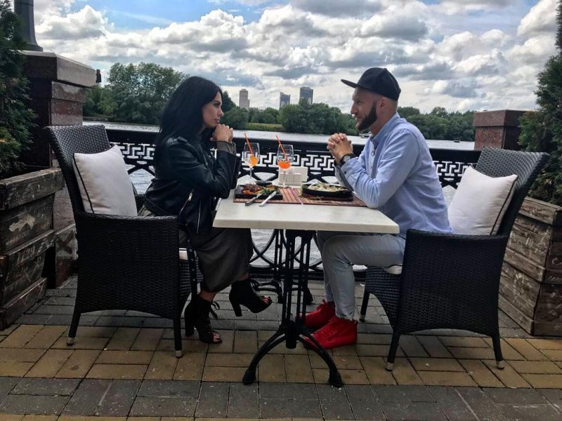 Артём Сорока пригласил на свидание Ирину Пинчук