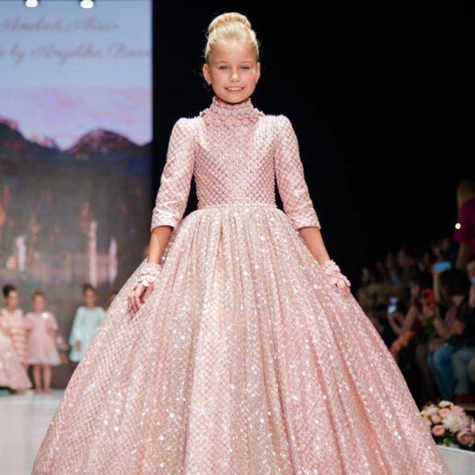 Жена Александра Реввы представила первую коллекцию для детей - Фото №7