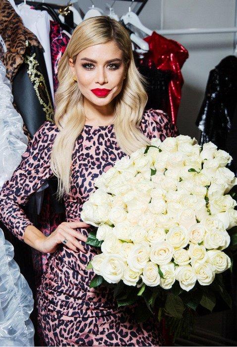Белла Потёмкина собрала знаменитых подруг на модном показе