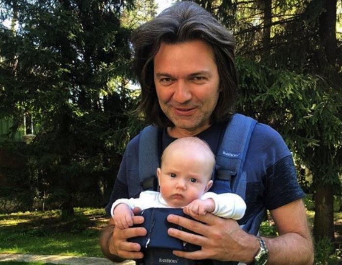Дмитрий Маликов показал трогательное видео с сыном