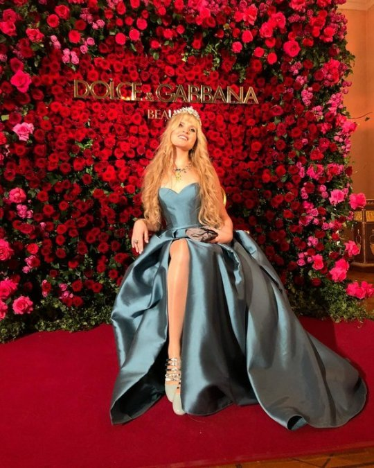 Знаменитые наследницы на балу дебютанток Tatler - Фото №6