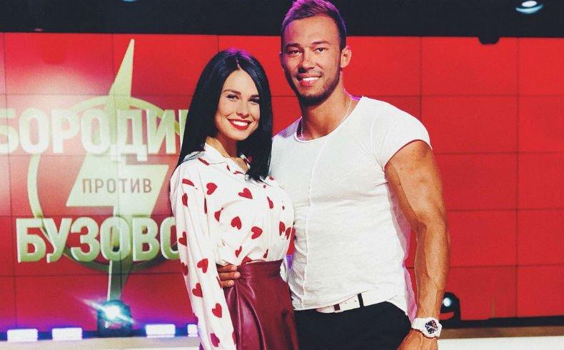 Ирина Пинчук отправилась в отель без камер с Саймоном Марданшиным