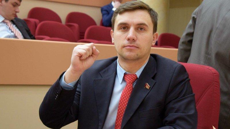 Саратовский депутат сильно похудел, питаясь на 3,5 тысячи рублей в месяц
