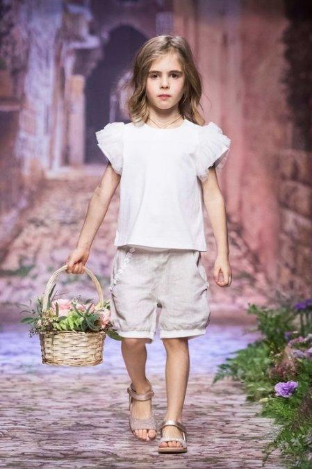 Дети знаменитостей помогли Галине Юдашкиной представить свою новую коллекцию - Фото №11