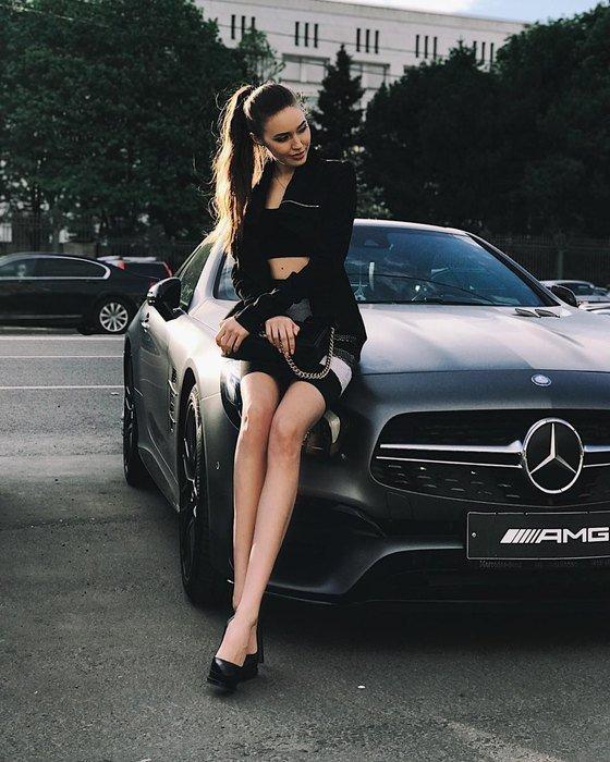 Дмитрий Тарасов забрал у жены машину, чтобы заплатить алименты